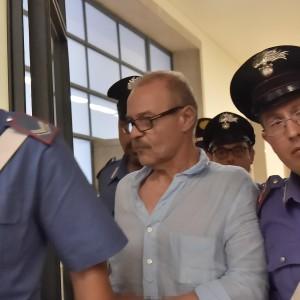 Milano, Vallanzasca arrestato per un furto di mutande: la semilibertà è sospesa