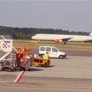 """Malpensa, """"il decollo degli aerei inquina il parco"""": il ministero pagherà 8 milioni di euro"""