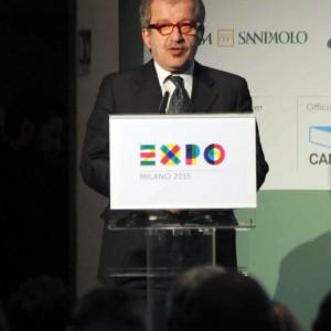 """Inchiesta Maroni, nel mirino il tour per Expo a Tokyo: """"Viaggio stile prima Repubblica"""""""