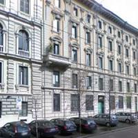 Milano, Atm vende gli immobili di pregio: gli incassi serviranno per acquistare nuovi bus