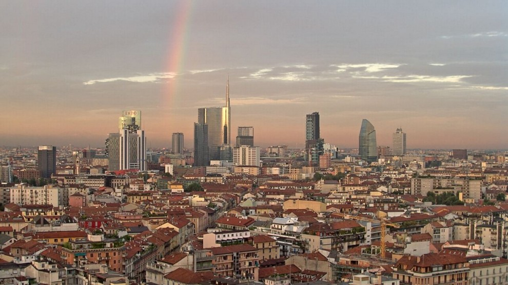 Milano la magia dell 39 arcobaleno fra i nuovi grattacieli for I nuovi grattacieli di milano