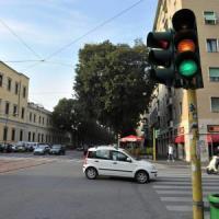 """La Cassazione: """"La multa per il passaggio col rosso è valida se il giallo al semaforo è..."""