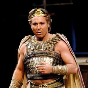 """Bufera alla Scala, Alagna rinuncia al ritorno: """"Troppe contestazioni agli spettacoli"""""""