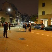 Milano, sparatoria in strada all'ora di cena: due morti e un ferito, preso il presunto...