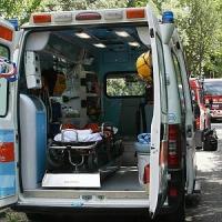 Pavia, auto sbanda e finisce fuori strada: muoiono due ragazzi di 19 e 22 anni