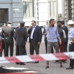 Milano, allarme bomba a Palazzo Marino: Pisapia lascia gli uffici con tutti i dipendenti