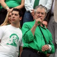 Truffa sui rimborsi elettorali, Bossi a processo con i figli e l'ex tesoriere della Lega...