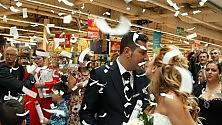 Il primo matrimonio    al centro commerciale