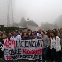 Cesano Boscone, 489 licenziati: sciopero al call center