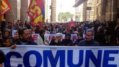 Foto  Milano, anche i dipendenti  del Comune scendono in piazza
