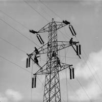 'L'energia al lavoro', gli operai della luce a Milano