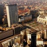 Lombardia, vincono i signori  del cemento: sì a nuove costruzioni, vincoli fra tre anni