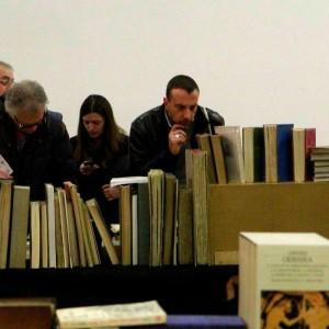 Milano, Bookcity torna con Grossman, Fo e gli autori che raccontano in taxi i loro libri