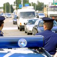 Incidente sulla Milano-Varese, un morto e otto feriti: coinvolte dieci auto, chiusa...