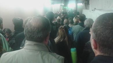 Fotodenuncia  Lavori in Centrale la ressa dei pendolari nel tunnel