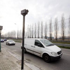 """Autovelox, a Milano annullate migliaia di multe. I vigili: """"Sicurezza stradale a rischio"""""""