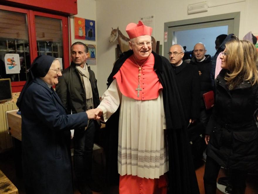 Milano, la sfida del cardinale Scola al calciobalilla