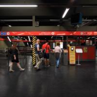 Milano, parto a sorpresa in metrò: approntata una sala travaglio di fortuna in stazione