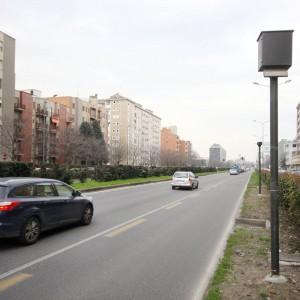 Autovelox, il Viminale boccia il Comune di Milano: le multe vanno notificate entro 90 giorni