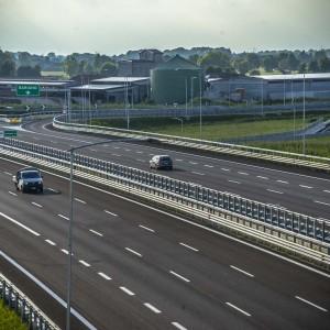 """Brebemi, dal governo Renzi 300 milioni di euro all'autostrada """"costruita con i soldi dei privati"""""""