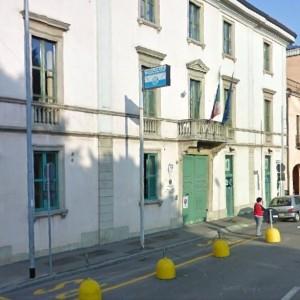 Bergamo, pensionato derubato di mille euro: la polizia organizza colletta e lo rimborsa