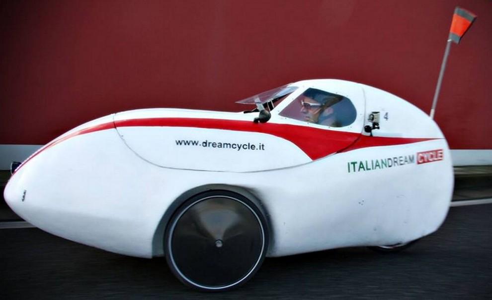 Zephyrus, la prima auto a pedali made in Italy al 100%