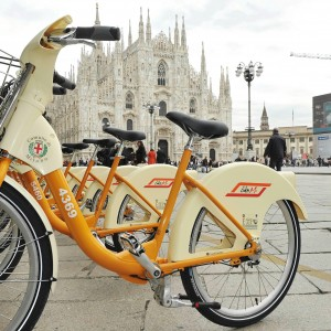Milano il bike sharing sfiora i 2 5 milioni di prelievi for Mobile milano bike sharing