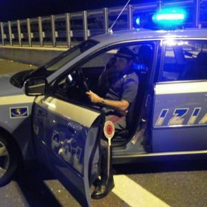 Lecco, droga in cambio di mobili o sesso con le ventenni: prese 5 bande in mezza Lombardia
