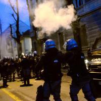 Cremona, gli incidenti al corteo dei centri sociali