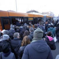 Milano, si incendia macchinario nella galleria della M1: nessun ferito, bloccato il metrò