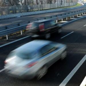 Pavia, falsi incidenti con procurati aborti per incassare la polizza: dieci indagati