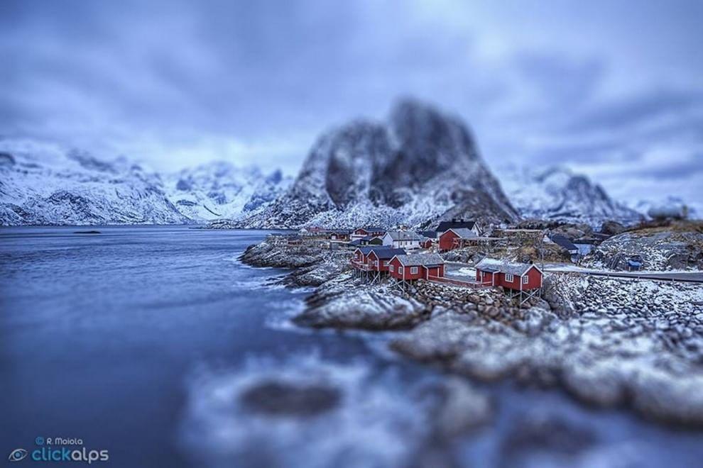 Aurore e montagne: la Norvegia mozza il fiato