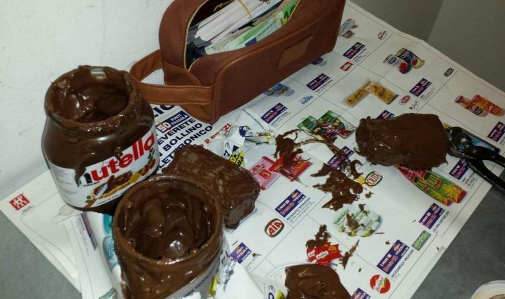 Malpensa, 130mila euro nascosti nel barattolo di Nutella