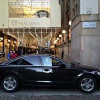Milano, sosta vietata in Galleria per l'auto diplomatica