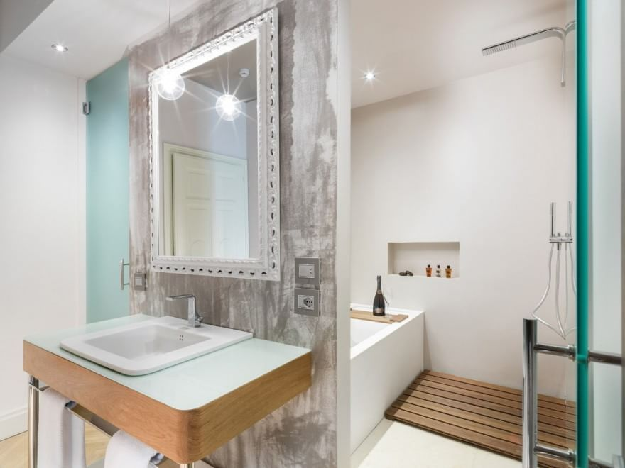 Milano il super hotel vista duomo con le suite d 39 autore for 3 stelle arreda
