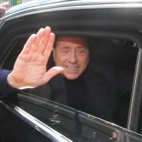 """Berlusconi, ultimo giorno di servizi sociali: """"Continuerò questa esperienza toccante"""""""