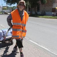 La nonna pellegrina in Argentina: 1.300 km a piedi a 91 anni