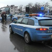Milano, 13enne maltrattata perché va male a scuola: arrestati la madre e il fratello