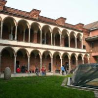 Stalking, 22enne in manette a Milano: violenze sulla compagna di studi in