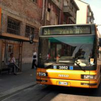 Milano, il caso degli straordinari di Atm: conducenti di bus al lavoro anche per 20 ore di...