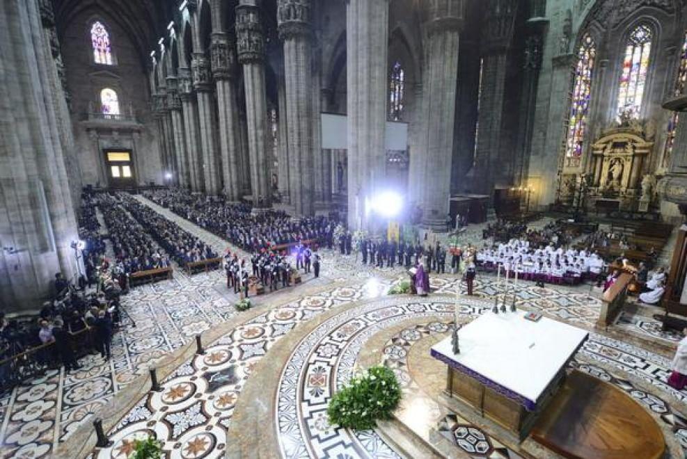 Strage di Milano, i funerali di Stato con Mattarella
