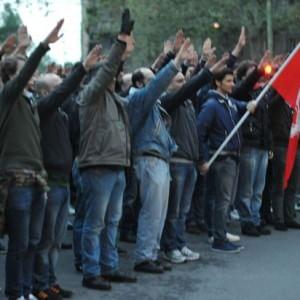 Milano, saluti romani al corteo per Ramelli: 16 a processo per apologia di fascismo