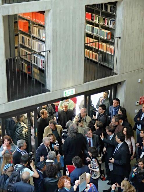Milano tre piani di storia nata la casa della memoria for Piani di casa con foto una storia
