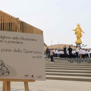 """Expo, la Veneranda Fabbrica regala mille pagnotte: """"E' il pane della speranza"""""""