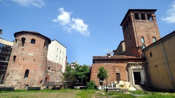 Milano rinascono i grattacieli di mediolanum dopo il for I nuovi grattacieli di milano