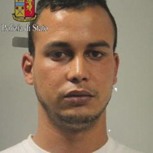 """Arrestato a Milano sospettato per la strage al Bardo di Tunisi. Ma i vicini: """"Lui era qui"""""""