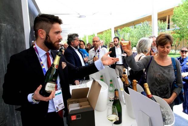 Expo, rischio sbornia nella casa del vino: assaggi razionati