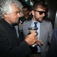 """Scandalo Achille, Beppe Grillo all'assemblea Ferrovie Nord: """"Chi ha sbagliato se ne vada"""""""