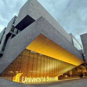 Milano, tempesta alla Bocconi per l'esame con il trucco: sospetti su un assistente
