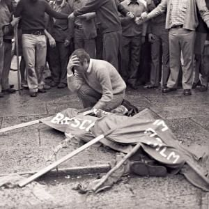 """Piazza della Loggia, 41 anni fa la strage. Il presidente Mattarella: """"Sconfortante gli autori ignoti"""""""